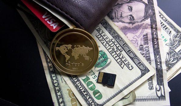 今後の仮想通貨市場の動向には注目です。